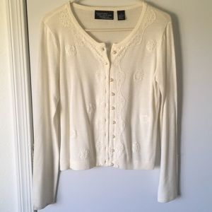 Pearls and lace ivory soft cardigan